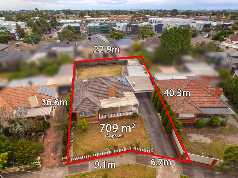 11 Cresswold Ave, Avondale Heights, Vic 3034