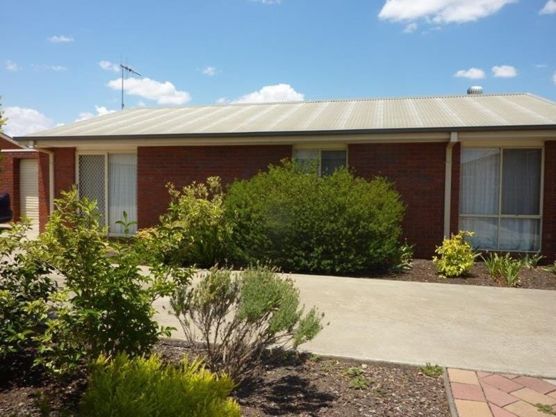 2/8 Waratah Court, Cobram, Vic 3644