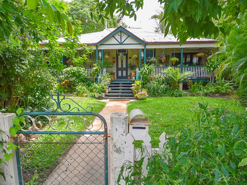 32 Rutherford Street, Charters Towers City, Qld 4820