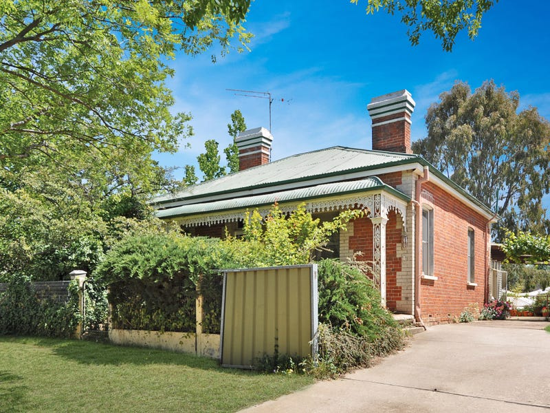 11 Busby Street, South Bathurst, NSW 2795