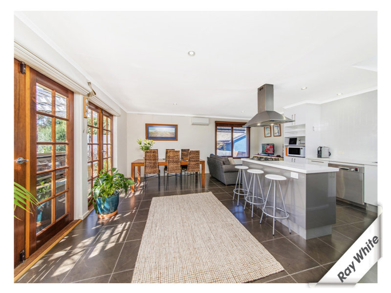6 Roberts Street, Macquarie, ACT 2614