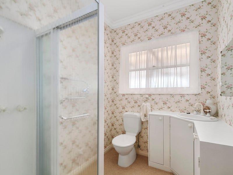 83 (House) Shaws Lane, Rosedale, Vic 3847