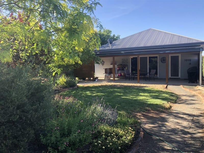 28 Kurrajong Street, West Wyalong, NSW 2671