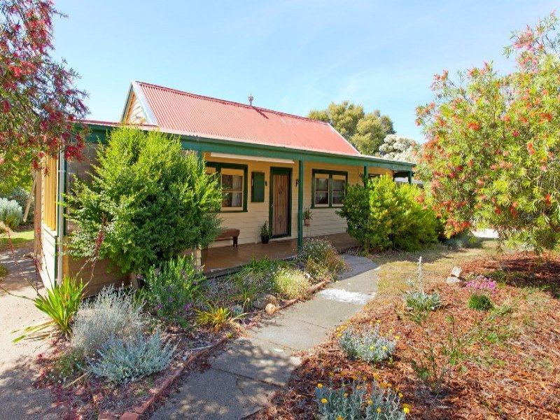 8 Main Street, Chiltern, Vic 3683