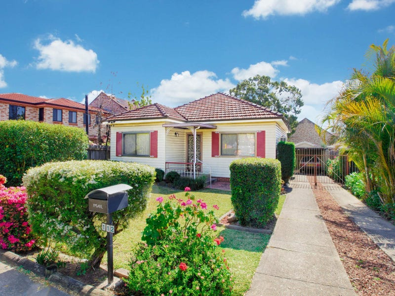 112 Rawson Road, Greenacre, NSW 2190