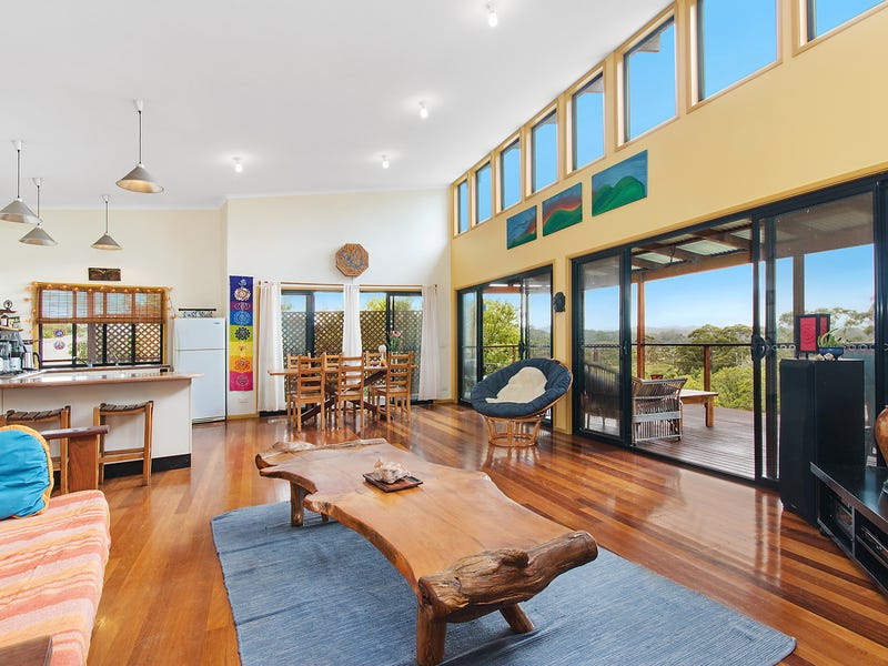 2 Coomburra Crescent, Ocean Shores, NSW 2483