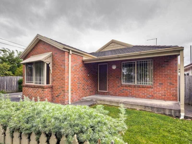 Unit 1/15 Steinfeld Street, Bakery Hill, Vic 3350