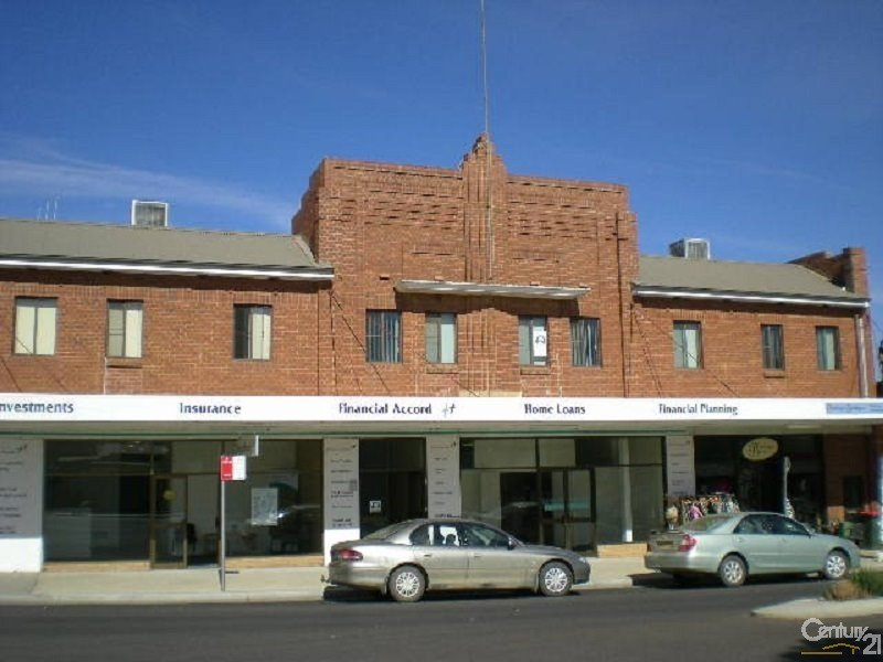 2/25 Church Street, Parkes, NSW 2870