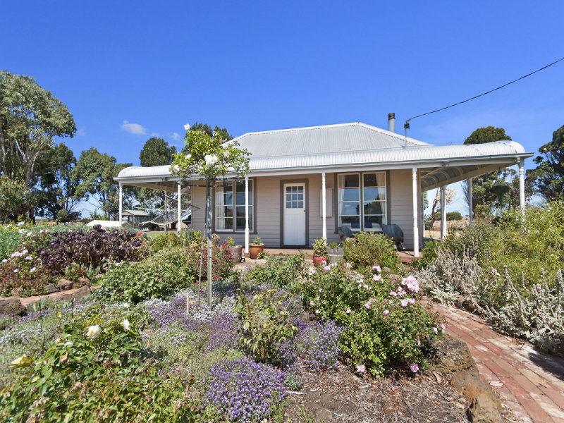 78 McCartneys Road, Crossley, Vic 3283