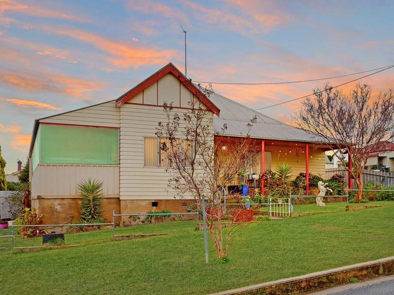 11 Orr Street, Junee, NSW 2663