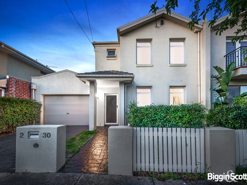 2/30 Burns Street, Maidstone, Vic 3012