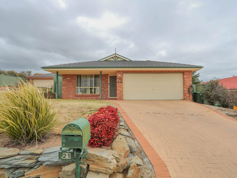 21 Sapphire Crescent, Kelso, NSW 2795