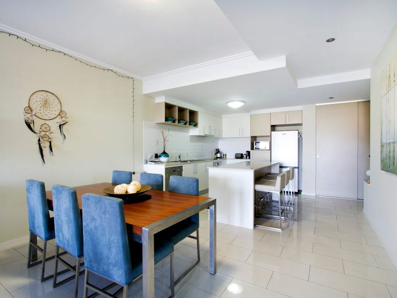 33/15 Flame Tree Court, Airlie Beach
