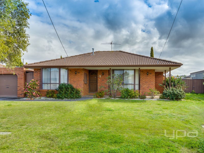 2/114 Hogans Road, Hoppers Crossing, Vic 3029