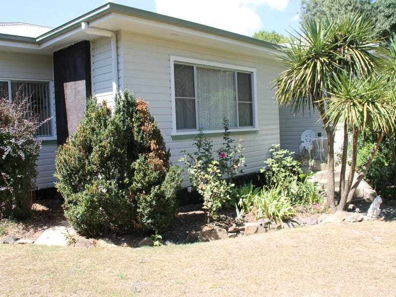 191 Logan Street, Tenterfield, NSW 2372