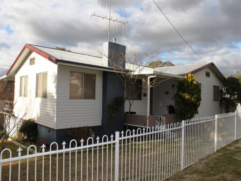 36 Esrom Street, Bathurst, NSW 2795