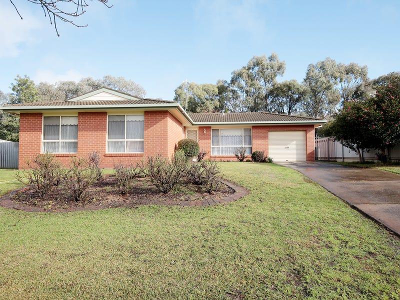 7 Egret Place, Estella, NSW 2650
