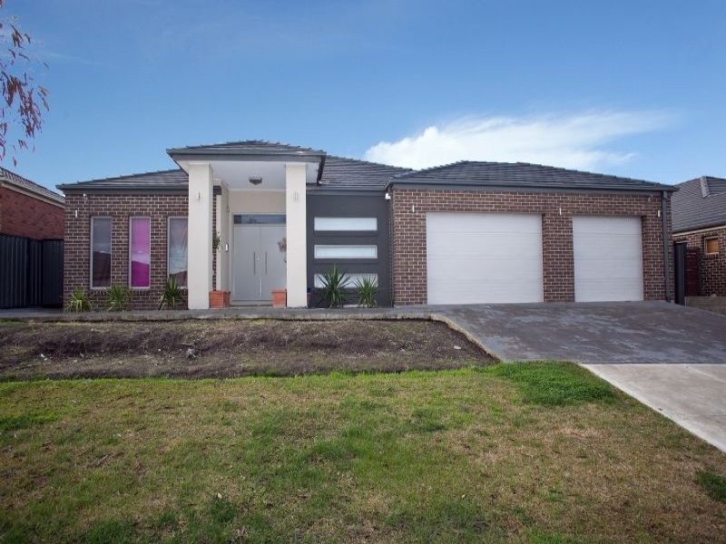 37 Serendip Crescent (Greenvale Lakes), Greenvale, Vic 3059