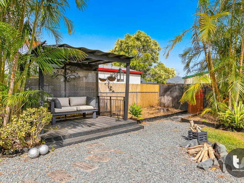 12 Benfer Road, Victoria Point, Qld 4165