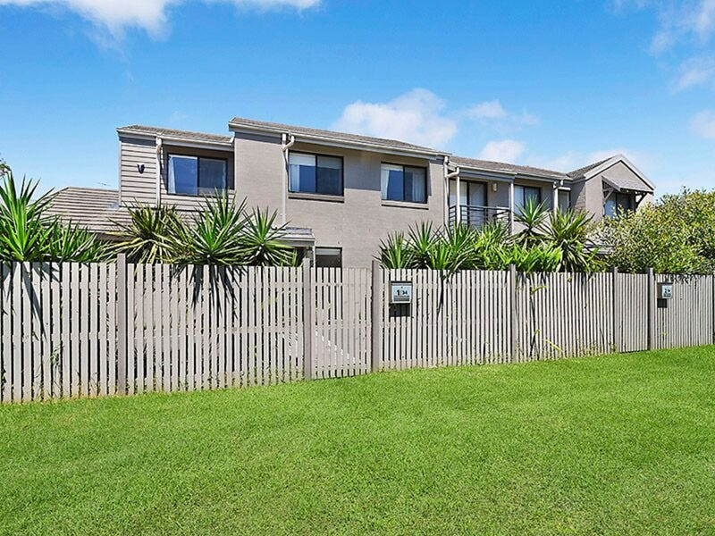 1/34 Churchill Circuit, Hamilton, NSW 2303