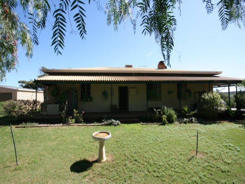 2265 Chapman Valley Road, Geraldton, WA 6530