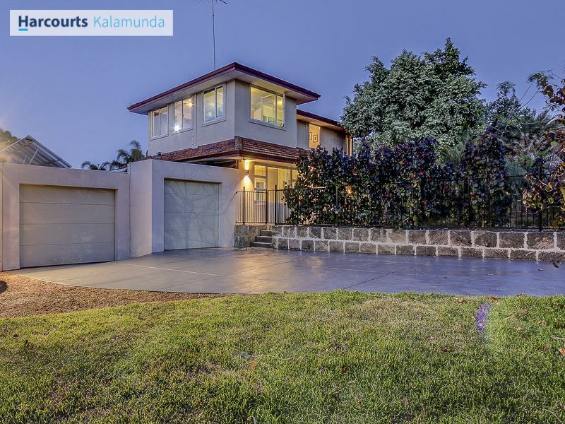 205 Crystal Brook Road, Wattle Grove, WA 6107
