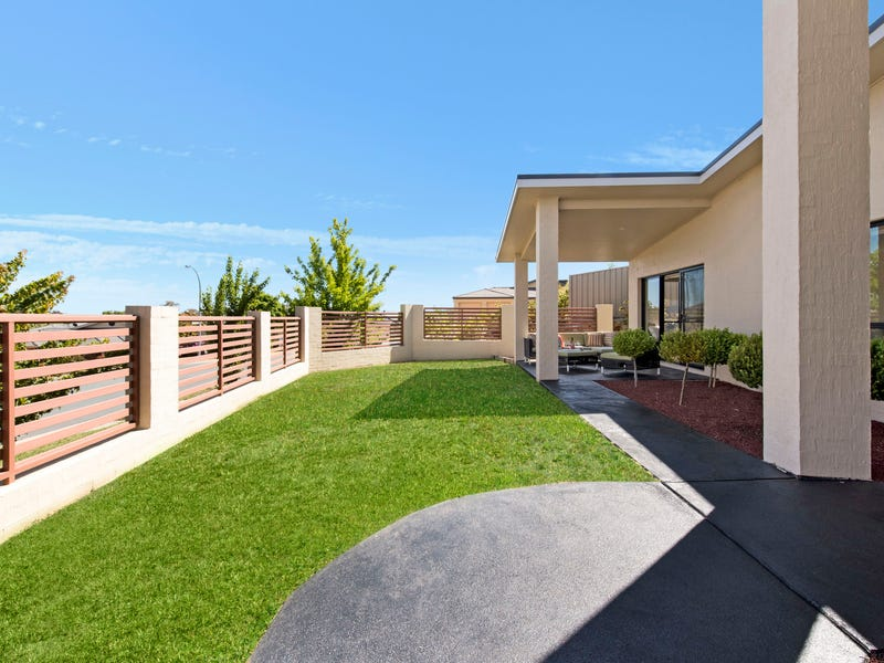 1 She-Oak Place, Jerrabomberra, NSW 2619