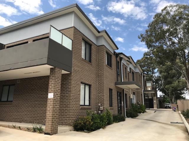 9  Bogalarra st, Old Toongabbie, NSW 2146
