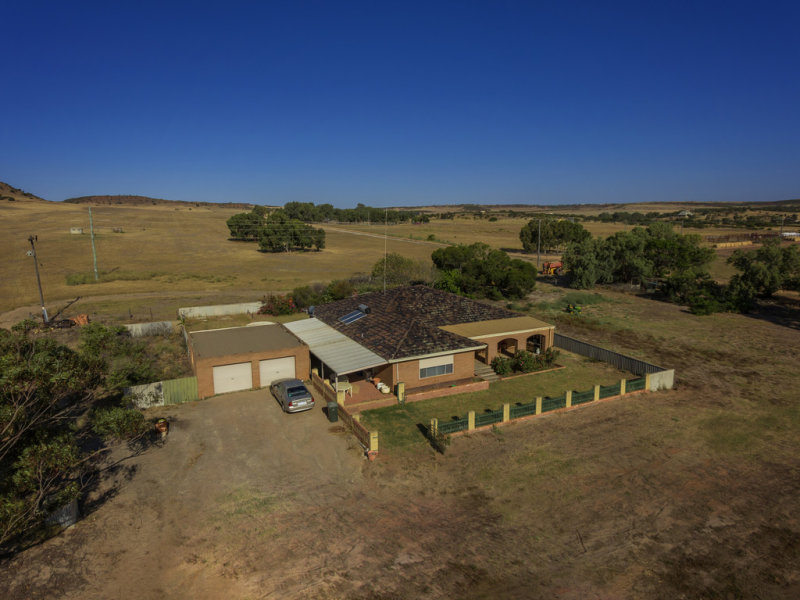 1824 Chapman Valley Road, Narra Tarra, WA 6532