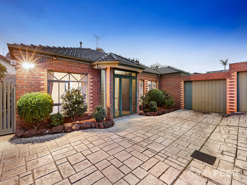 2/245 Alma Road, St Kilda East, Vic 3183