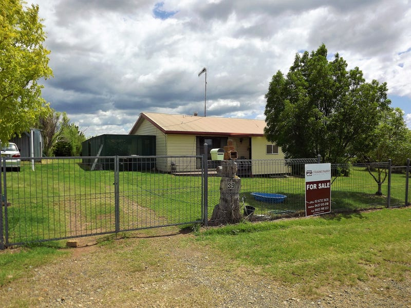 39 Young Street, Deepwater, NSW 2371
