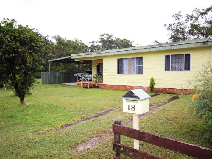 18 Ninth  Avenue, Stuarts Point, NSW 2441