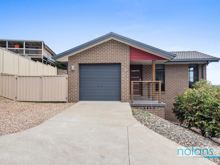 3/8 Bradbury Close, Boambee East, NSW 2452