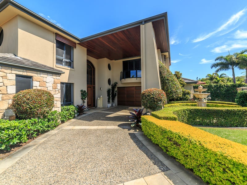 24 King Arthurs Court, Sovereign Islands, Qld 4216