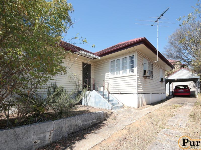 65 Chaucer Street, Moorooka, Qld 4105