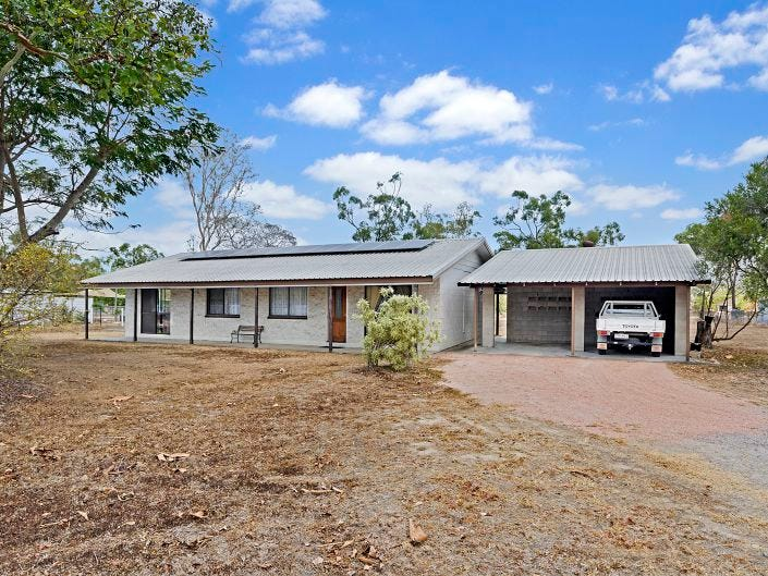 65 Mt Low Parkway, Mount Low, Qld 4818