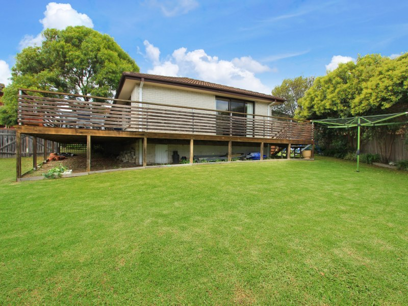 104 Staff Road, Cordeaux Heights, NSW 2526