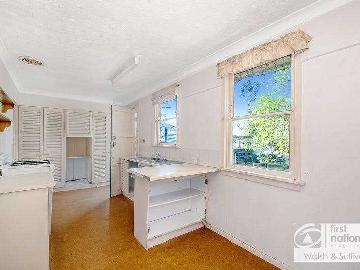 39 Sturt Street, Lalor Park, NSW 2147