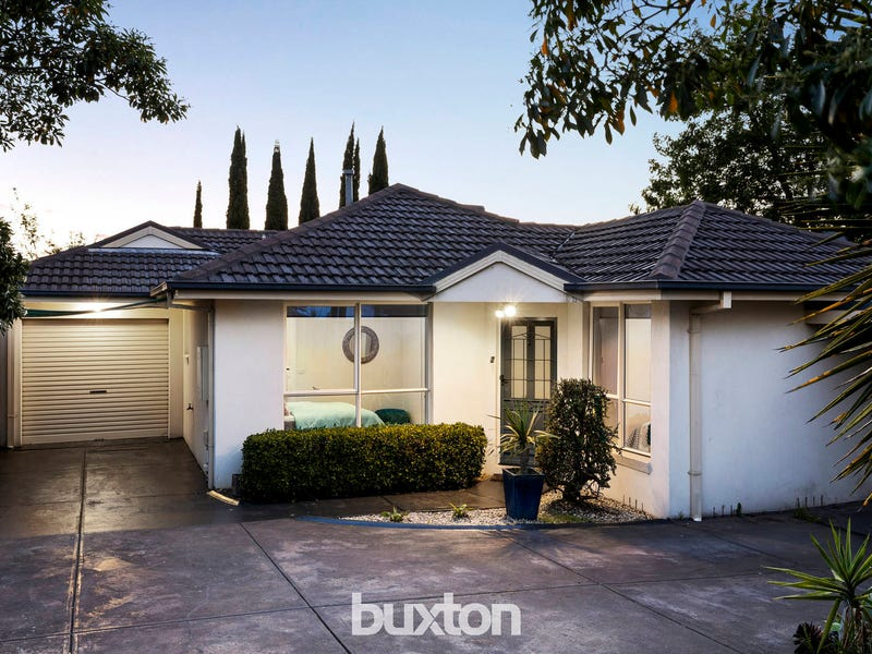 2/13 Binalong Avenue, Chadstone, Vic 3148
