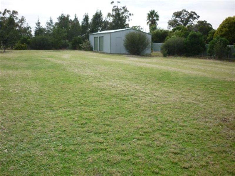 44 Federation, Gilgandra, NSW 2827