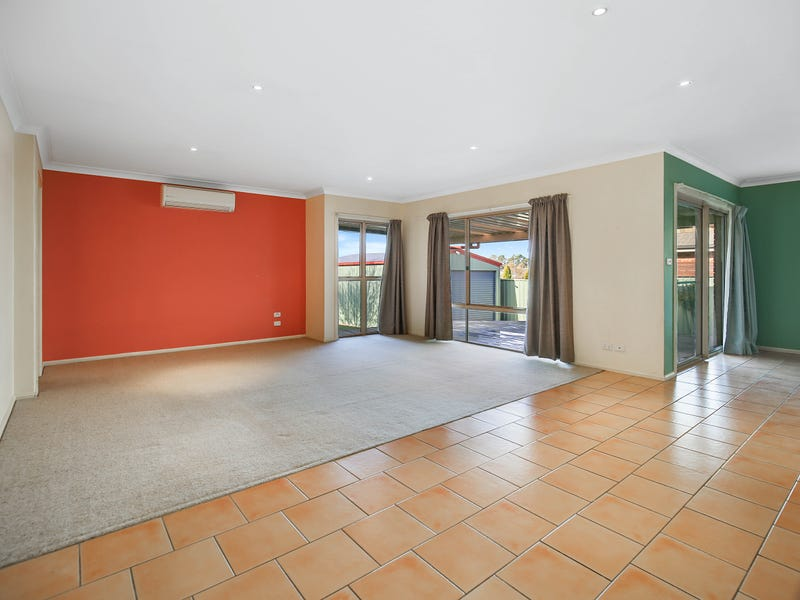 2 Lavender Close, Orange, NSW 2800