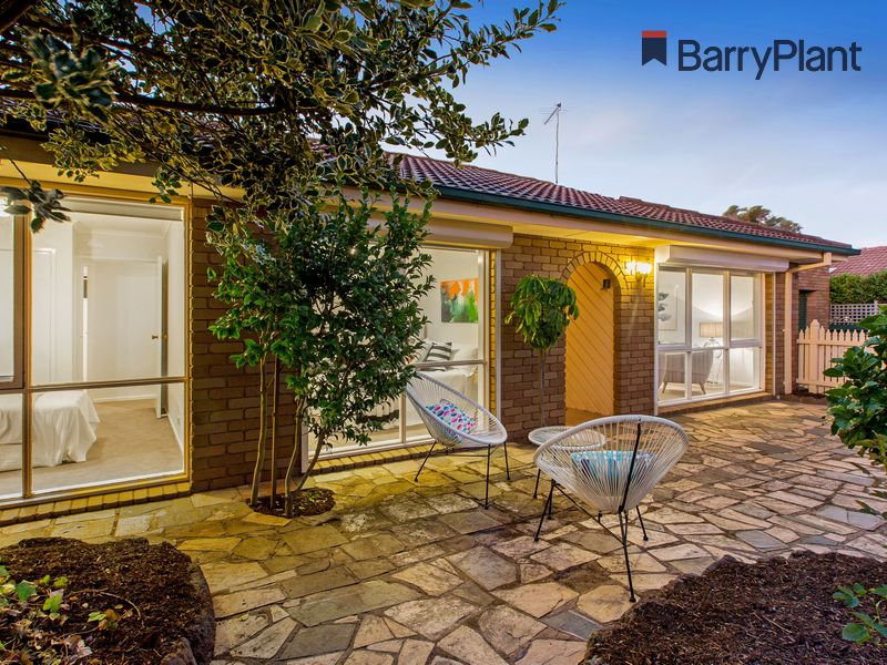2/3 Kuranga Court, Mornington, Vic 3931
