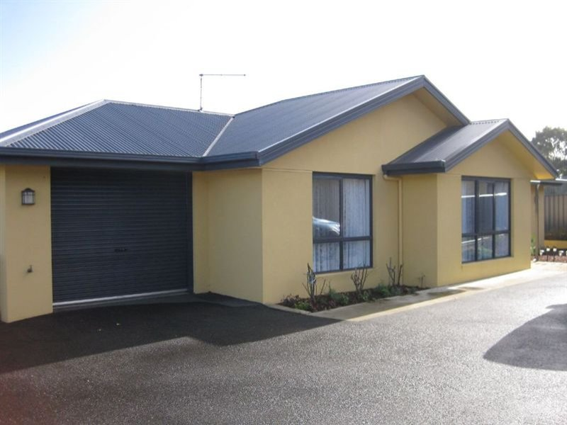 1/15 upper havelock street, Smithton, Tas 7330