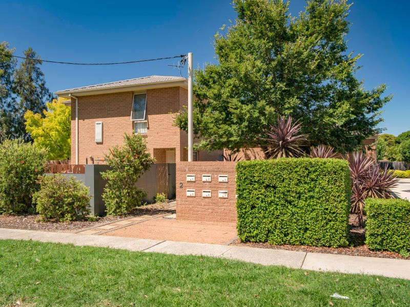 4/2 McIntosh Street, Queanbeyan, NSW 2620