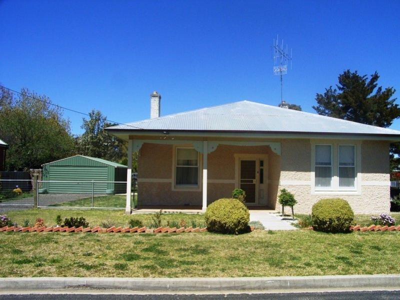 8 Perth Street, Perthville, NSW 2795