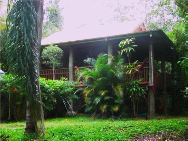 72 Hibiscus Rd, Cannon Valley, Qld 4800