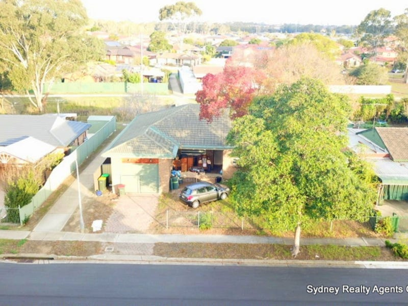 18 Dorrigo Avenue, Hoxton Park, NSW 2171