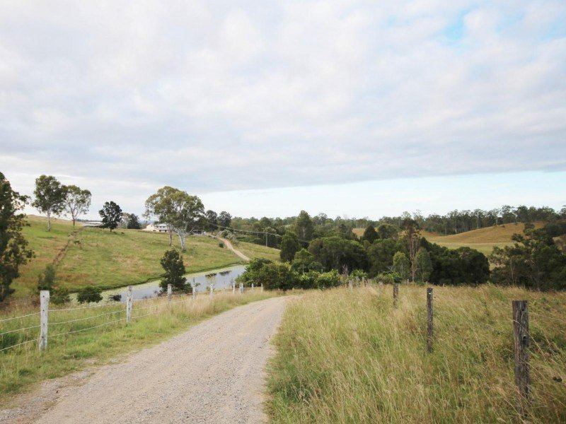 895 McIntosh Creek Road, Long Flat, Qld 4570
