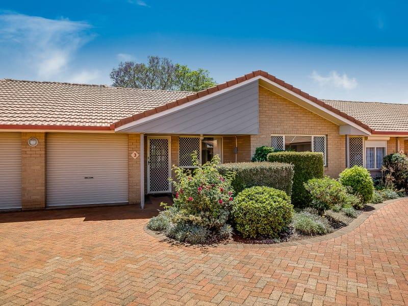 Villa 3 Glenfield Court, Middle Ridge, Qld 4350
