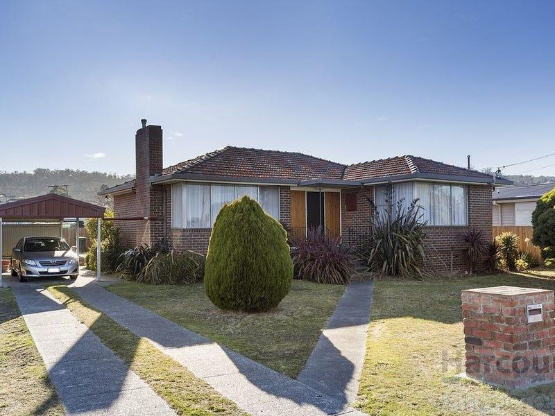 216 Clarence Street, Howrah, Tas 7018